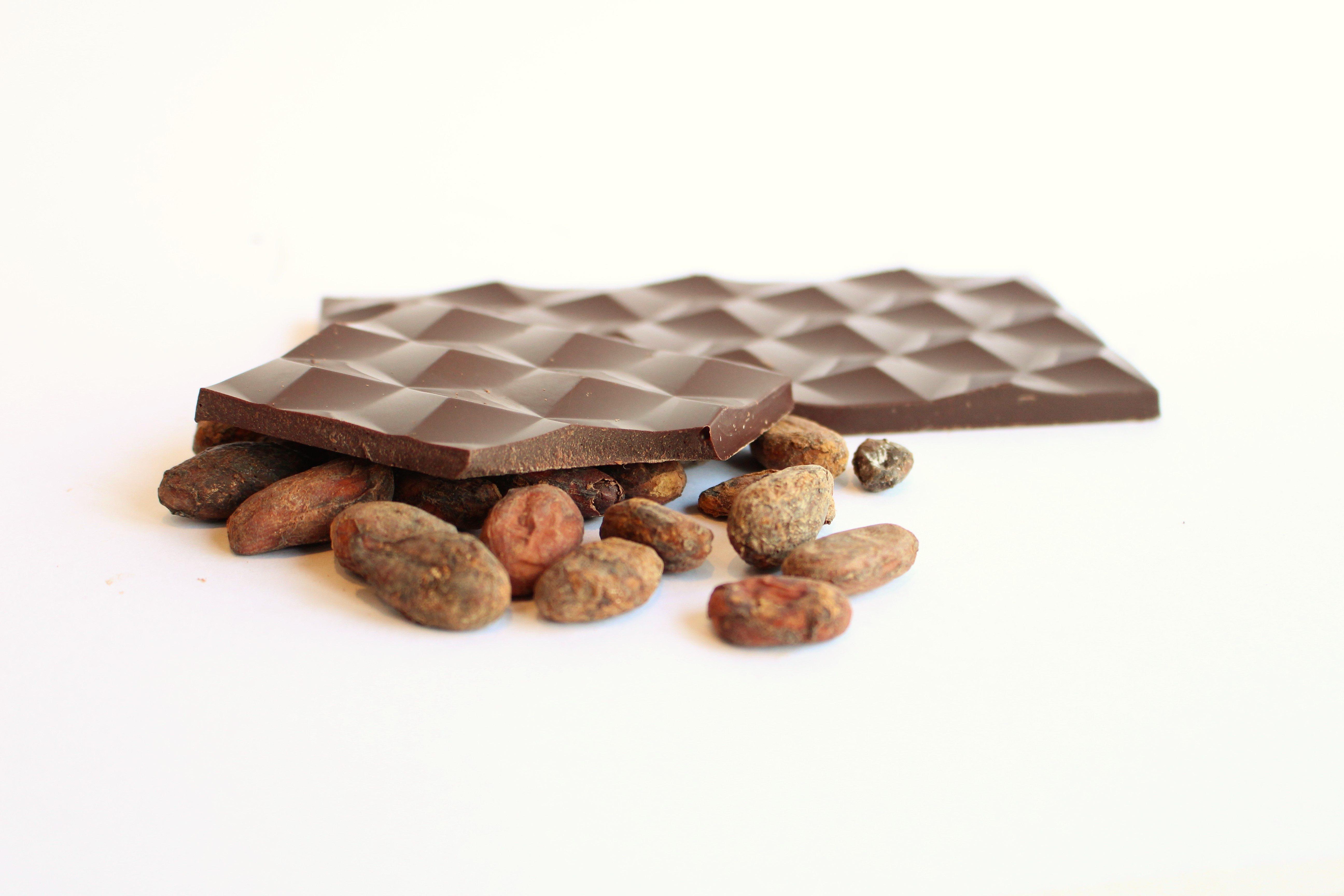 Chocolat Noir Millésime – Noisette caramélisées 75%
